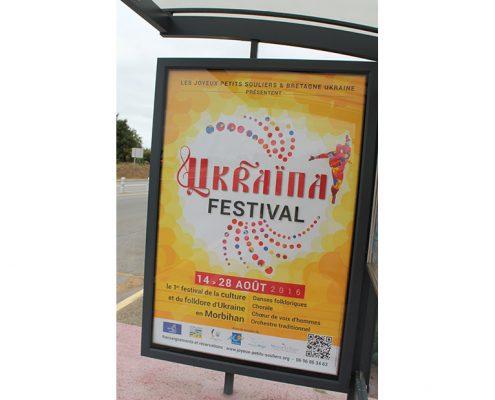 Abribus pour le festival Ukraïna